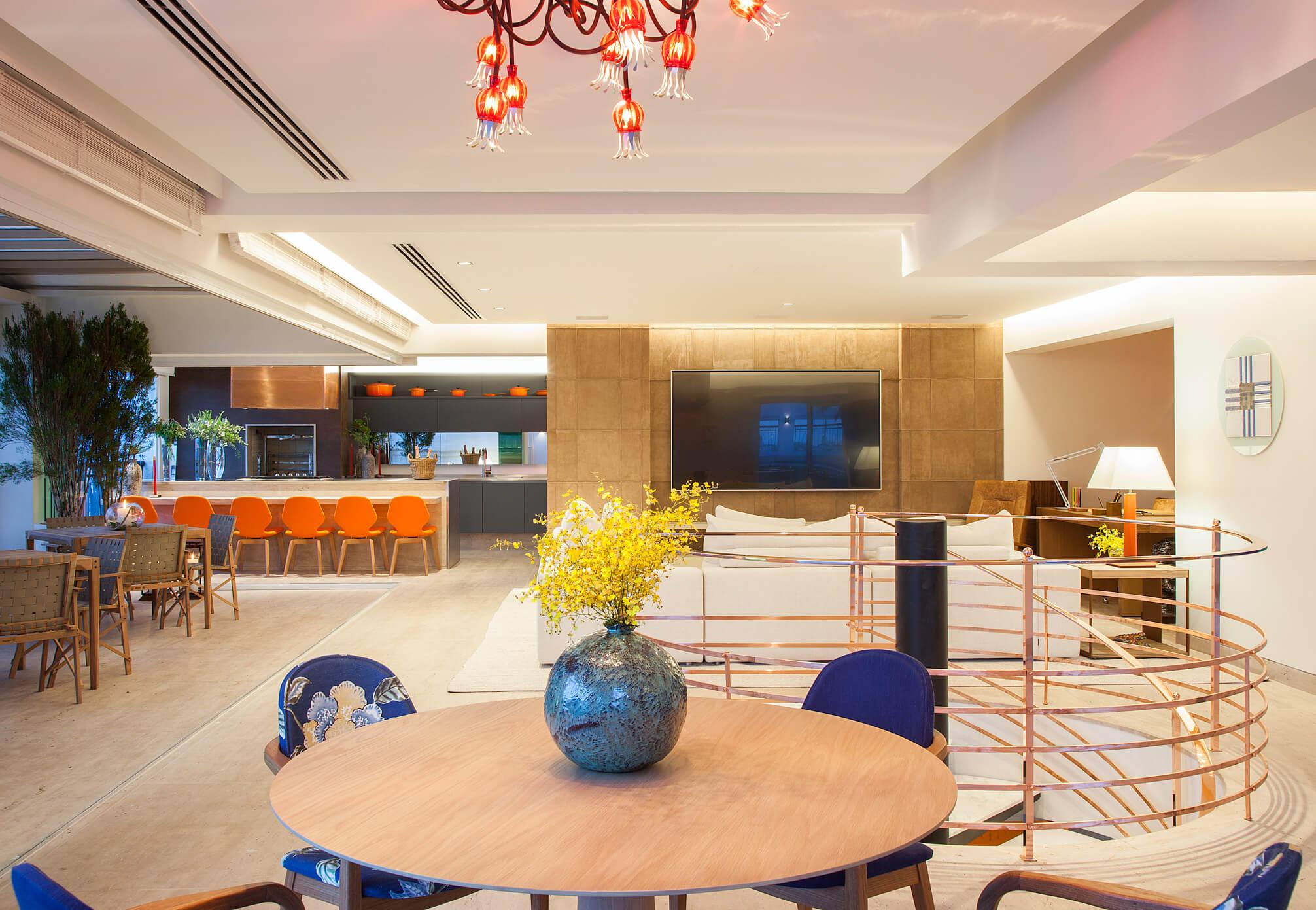 Cobertura com espaço gourmet e home theater