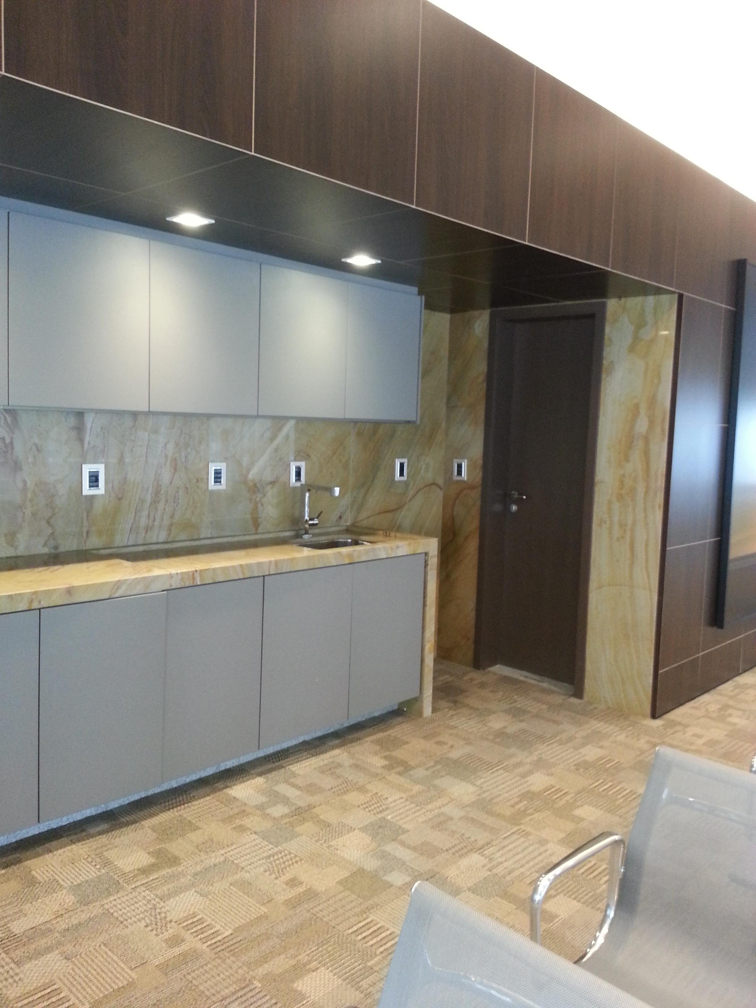 Escritório de Arquitetura e Interiores para decoração de empresa