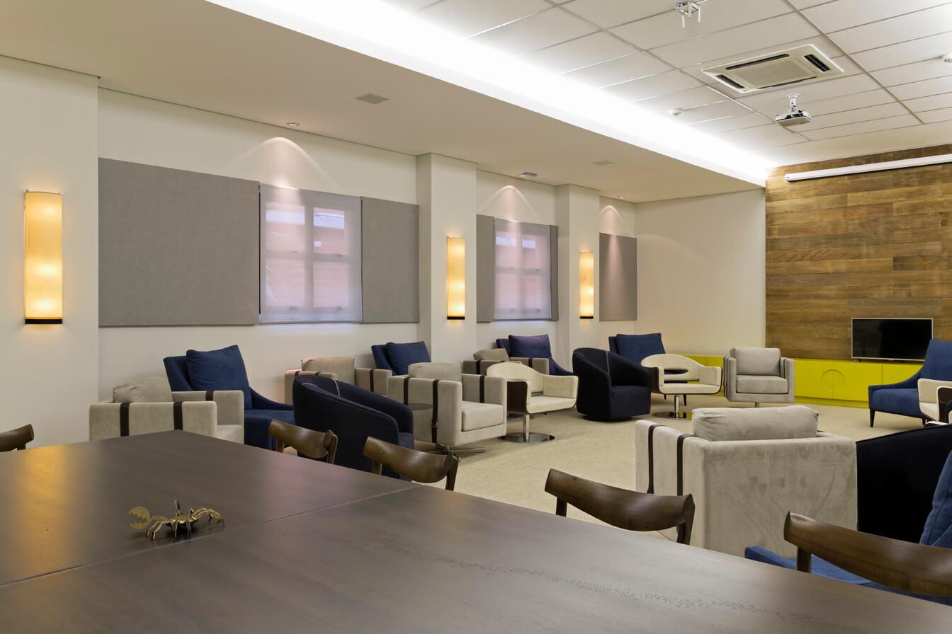 Projeto de Arquitetura para espaços multiuso de empresas