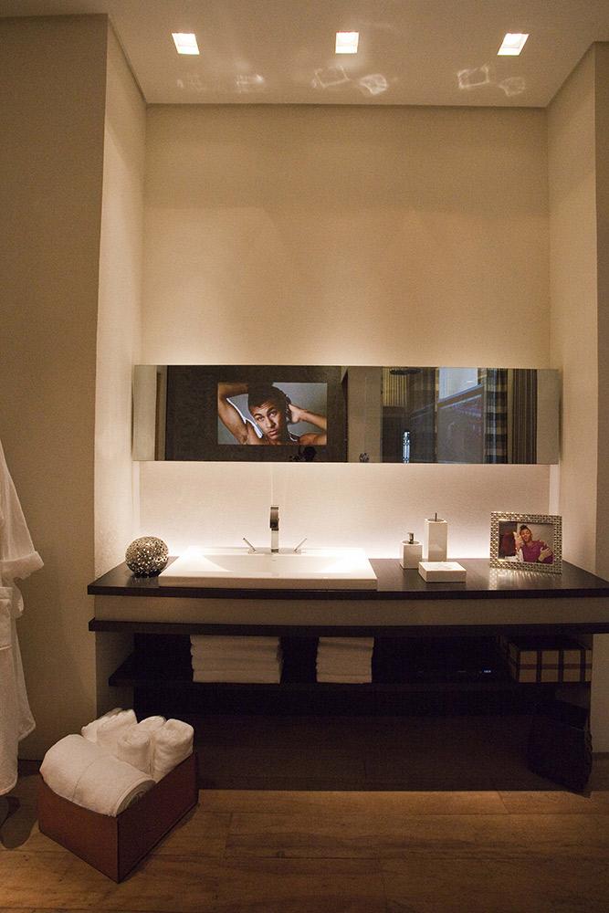 Casa Cor 2011 - Suíte de Hotel para Neymar 05a